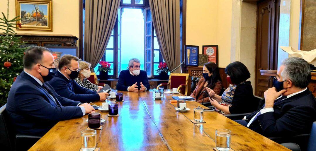 Επίσκεψη στην Περιφέρεια Νοτίου Αιγαίου της Υφυπουργού Εργασίας Δόμνας Μιχαηλίδου