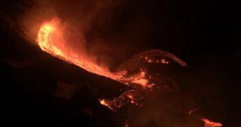 Η λάβα του ηφαιστείου Κιλαουέα στη Χαβάη εξάτμισε λίμνη (βίντεο)