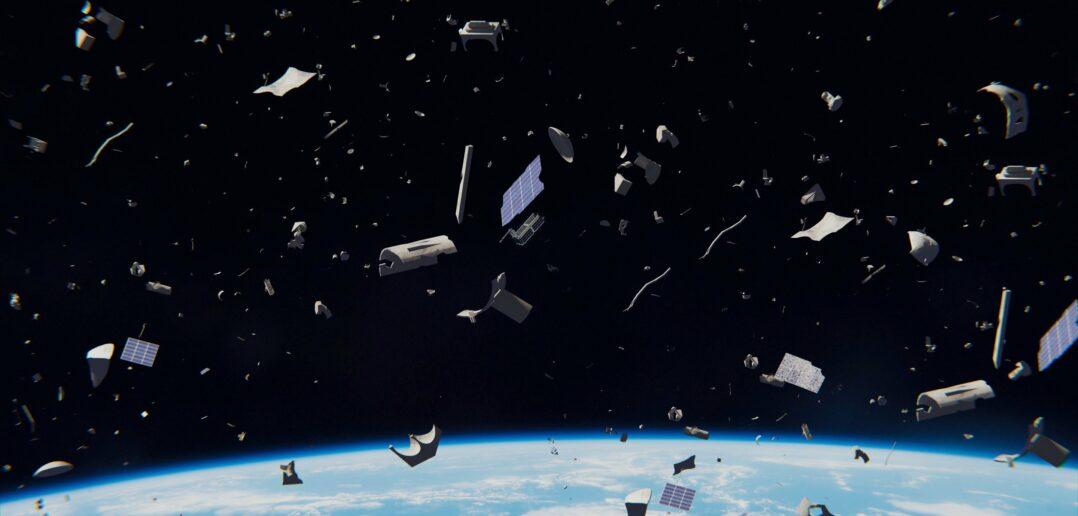Η Ιαπωνία αναπτύσσει ξύλινους δορυφόρους για να μειώσει τα διαστημικά σκουπίδια