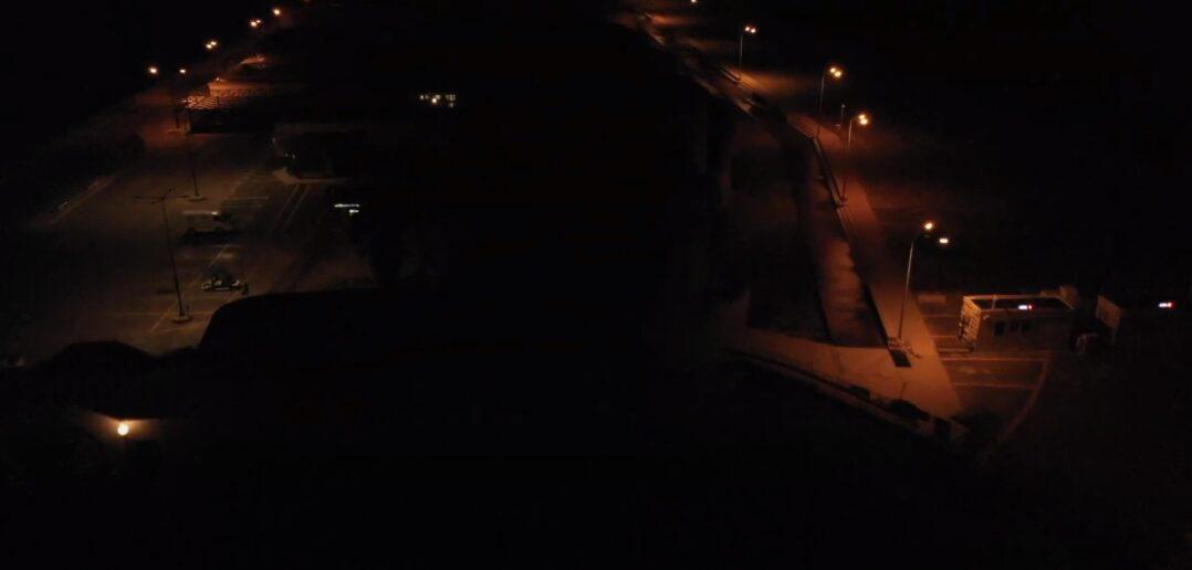 Μια νυχτερινή εναέρια βόλτα με drone πάνω από την πόλη της Ρόδου [Βίντεο]