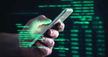 Η πανδημία εκτόξευσε τις εφαρμογές παράνομης παρακολούθησης