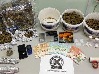 Συνελήφθη ένας μη νόμιμος αλλοδαπός για διακίνηση κοκαΐνης & κάνναβης στη Θήρα