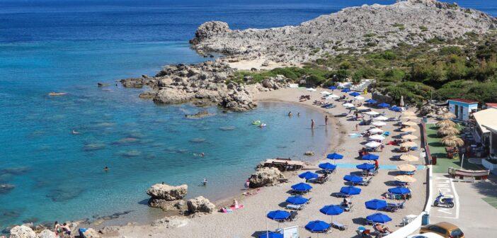 """Nothing more Familiar than traveling to Rhodes: Τίποτα πιο οικείο από το να ταξιδέψεις στη Ρόδο"""