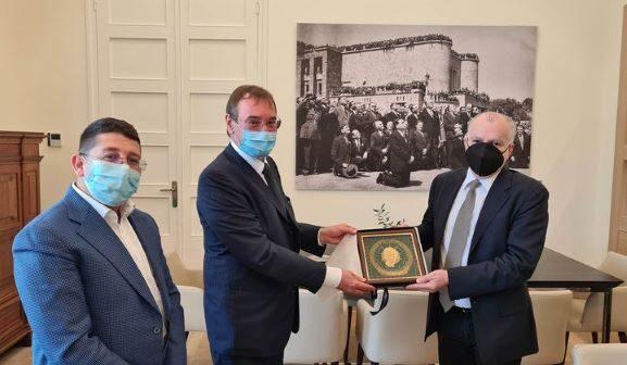 Αντώνης Καμπουράκης με Πρέσβη της Δημοκρατίας της Τσεχίας Jakub Karfík
