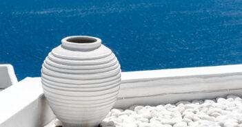 7-στα-10-ξενοδοχεία-άνοιξαν-στο-Νότιο-Αιγαίου-τις-πρώτες-εβδομάδες-της-τουριστικής-περιόδου.