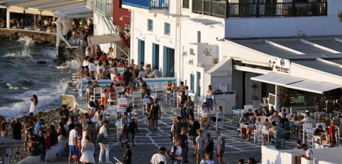 Ενα βήμα πριν το μίνι lockdown Μύκονος και Ιος -Προειδοποίηση Χαρδαλιά για ακόμη 6 νησιά