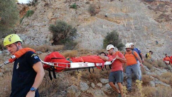 Ομάδα Διάσωσης Καλύμνου : Επιχείρηση διάσωσης 24χρονου αναρριχητή