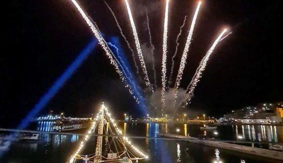 Εντυπωσιακή η αναπαράσταση της ναυμαχίας του Γέροντα στο λιμάνι της Καλύμνου παρουσία της Προέδρου της Δημοκρατίας
