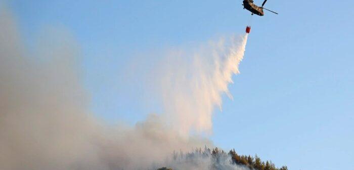 Σε ύφεση τα μέτωπα της πυρκαγιάς στην Ρόδο