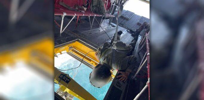 Επικίνδυνες αποστολές από πλήρωμα Chinook για την κατάσβεση της φωτιάς στην Αγία Άννα