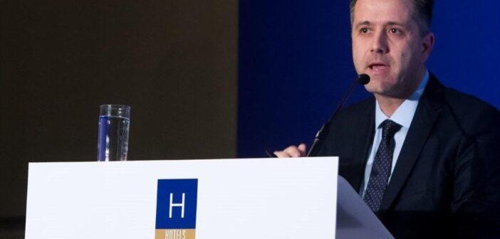 πρόεδρος της Πανελλήνιας Ομοσπονδίας Ξενοδόχων Γρηγόρης Τάσιος