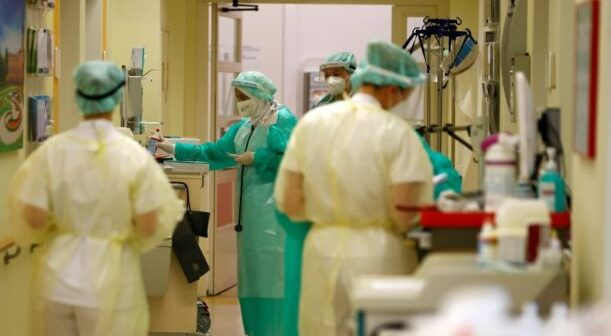 Υγειονομικοί – Αναστέλλονται οι άδειές τους από την 1η Σεπτεμβρίου