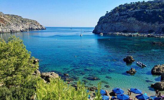 Icelolly.com: Ρόδος και Κρήτη στα 10 νησιά με τις περισσότερες κρατήσεις