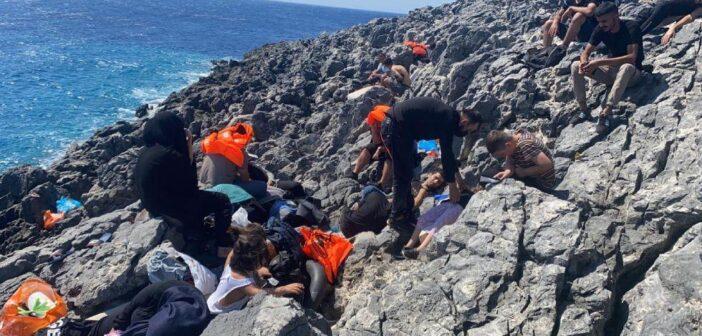 Επιχείρηση διάσωσης για 37 ναυαγούς πρόσφυγες που μεταφέρθηκαν στο ΚΥΤ της Κω