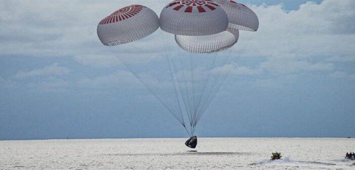 SpaceX: Επέστρεψαν στη Γη οι πρώτοι τουρίστες του διαστήματος