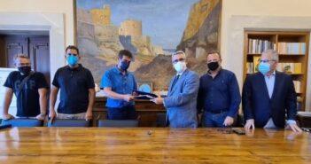 Υπεγράφη η σύμβαση με τον εργολάβο για τη Γέφυρα Κρεμαστής