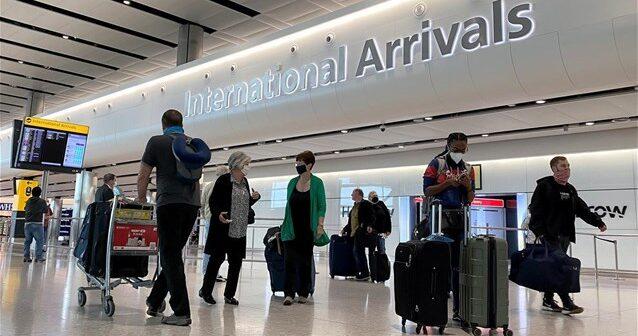 Βρετανία: Απότομη αύξηση των κρατήσεων μετά τις αλλαγές στους ταξιδιωτικούς κανονισμούς