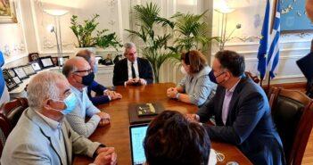 Σύρος: Ευρεία σύσκεψη στην Περιφέρεια υπό την Υπουργό Πολιτισμού, Λίνα Μενδώνη