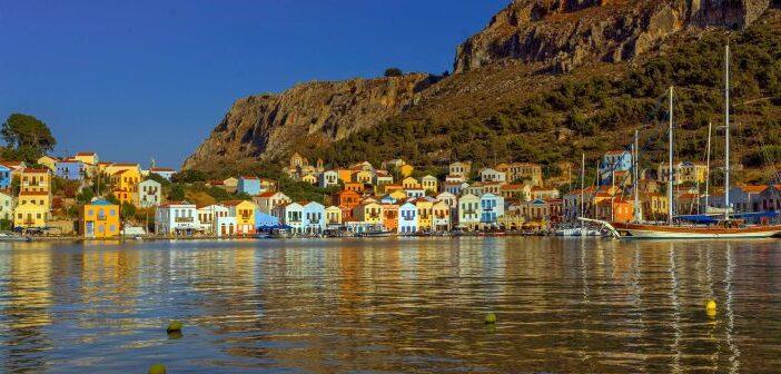 The Telegraph: Οι 10 προορισμοί που οι Έλληνες κρατούν «μυστικούς» για να απολαμβάνουν μόνο οι ίδιοι!