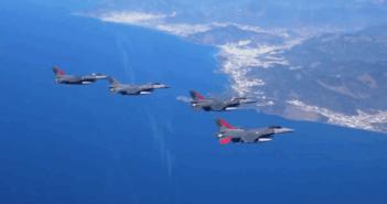 Τεράστια τουρκική πρόκληση στο Αιγαίο με 22 F-16 για παραβιάσεις και εικονικές αερομαχίες
