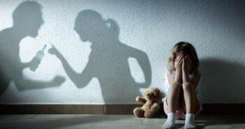 Εκτόξευση των καταγγελιών για ενδοοικογενειακή βία Αυστηρές εντολές στην ΕΛ.ΑΣ