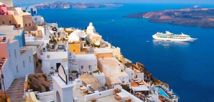 «Κλείδωσαν» έσοδα 9-10 δισ. στον τουρισμό Πληρότητες 85% και τον Σεπτέμβριο στα νησιά