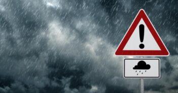 Έκτακτο δελτίο επικίνδυνων καιρικών φαινομένων Ποιες περιοχές θα σαρώσει ο «Μπάλλος»