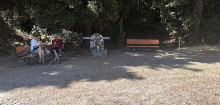 Νέα καθιστικά-παγκάκια τοποθετήθηκαν στην περιοχή Ροτόντα Φιλερήμου (φωτο)