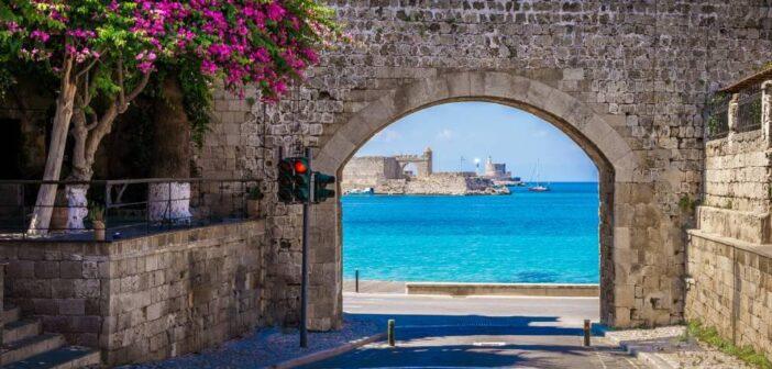 Τουρισμός: «Καλοκαίρι» μέχρι τον Νοέμβριο